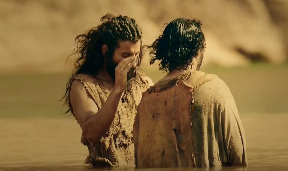 El bautismo de Juan preparó el camino para la llegada deJesús