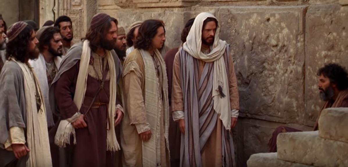 Ama a tu enemigo y ora por los que tepersiguen.